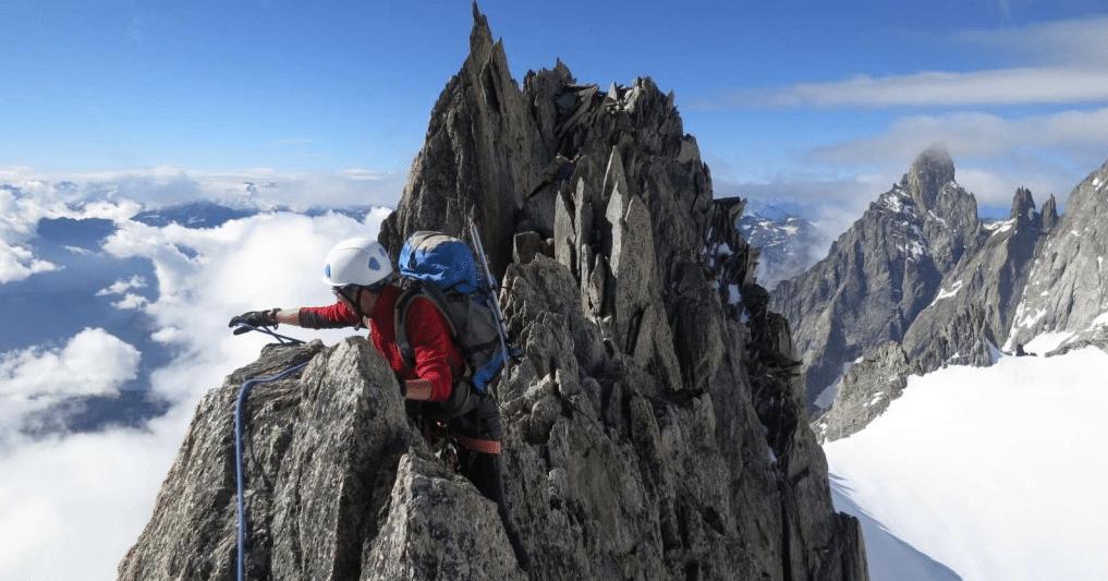 Aiguille d'Entrèves guided climbing traverse