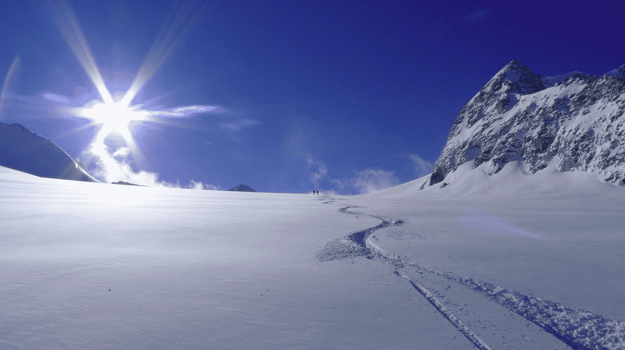 Heliskiing day trips in the Verbier area in Valais