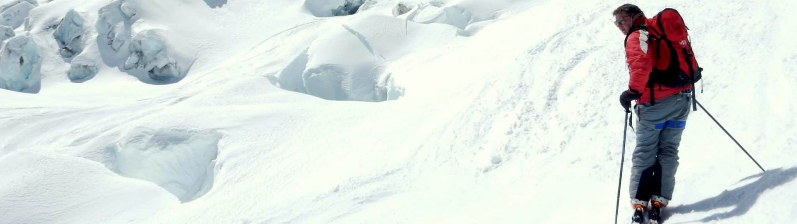 Guided off-piste skiing in Vallee Blanche (Aiguille du Midi)