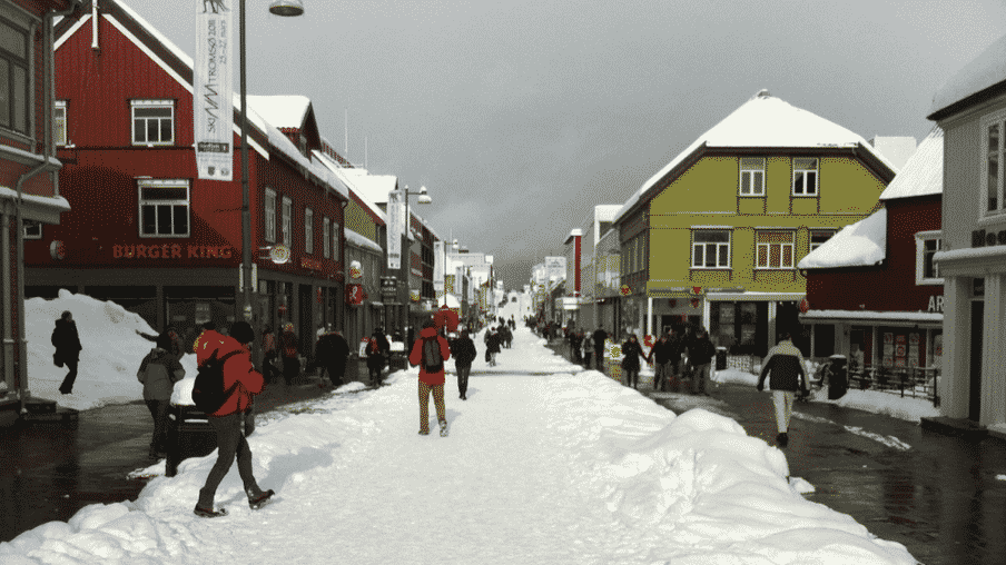 Ski & sailing in the Lyngen Alps, near Tromsø