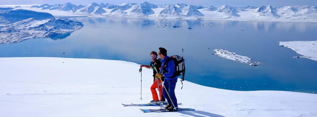Ski touring in Spitsbergen
