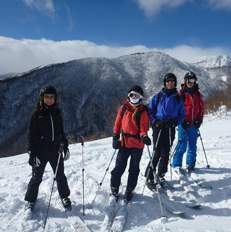 Sun, snow and wild nature in Hakuba
