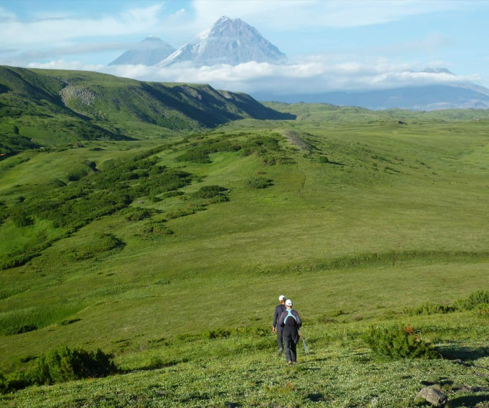 summer-hike-in-kamchatka