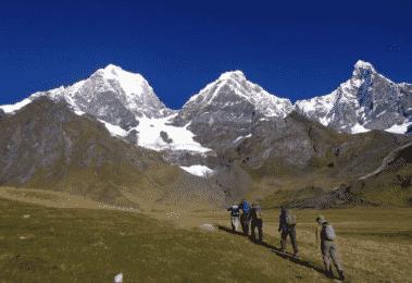 Cordillera Huayhuash 4-day guided hiking trip