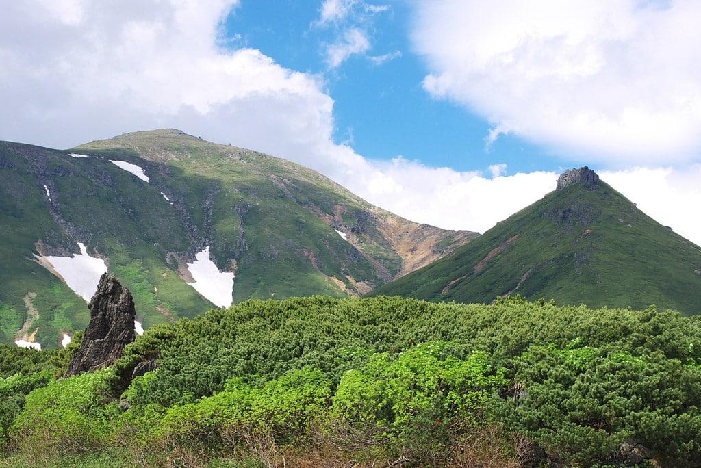 3-day hiking in Daisetsuzan from Asahidake to Tenninkyo
