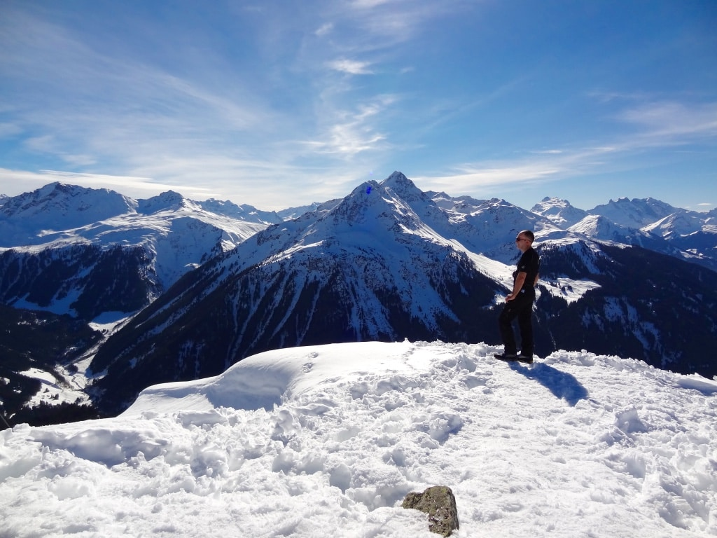 Snowshoeing expedition in the Silvretta Alps