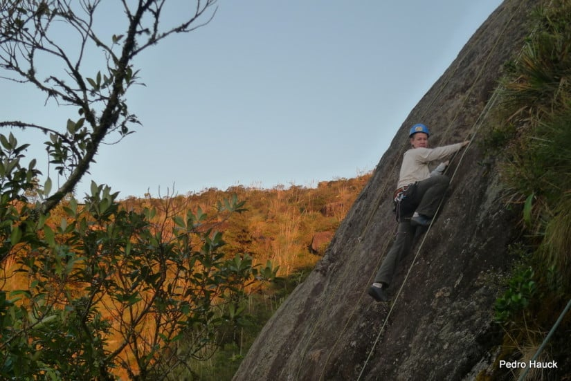 Rock climbing in Anhangava with a guide