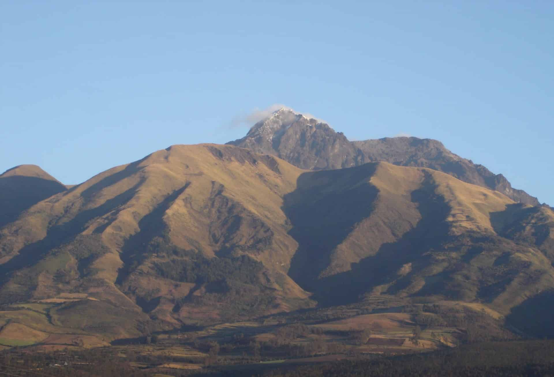 Cotacachi Volcano 2-day climb for beginners