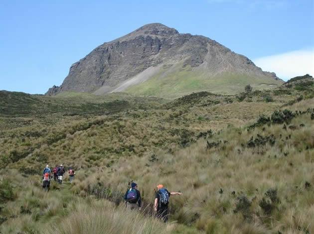 El Corazon Volcano 1-day hiking ascent in Ecuador