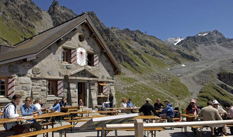 Haute Route summer hiking tour from Verbier to Zermatt