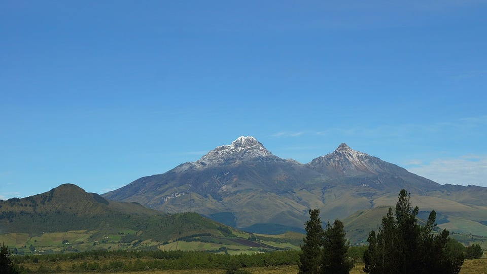 Iliniza North 2-day guided climb in Ecuador