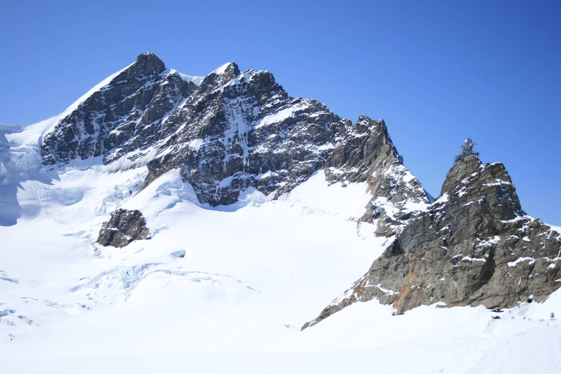 Jungfrau and Mönch 2-day guided summit ascent