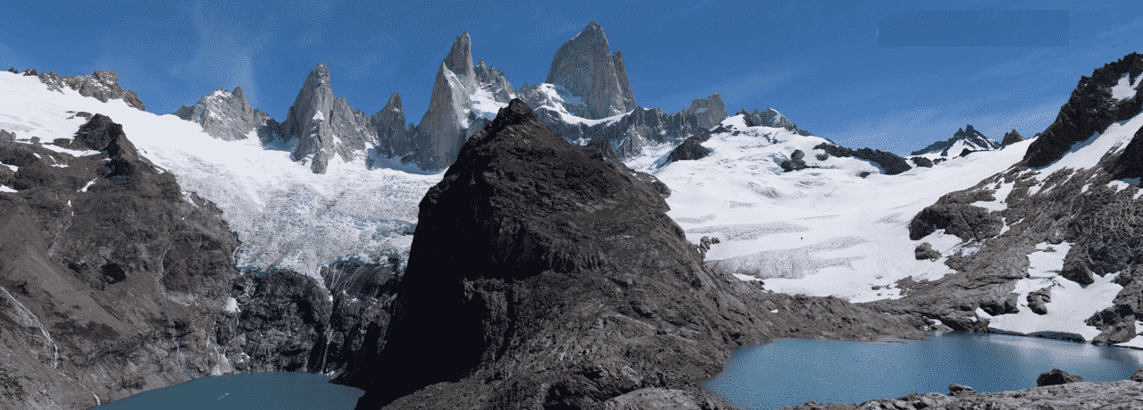 Hiking day around Laguna de los Tres with a guide