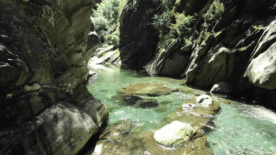 Canyoning trip for beginners in Val Bodengo, Lake Como