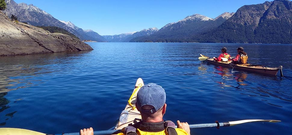 Kayak guided traverse for beginners in Bariloche