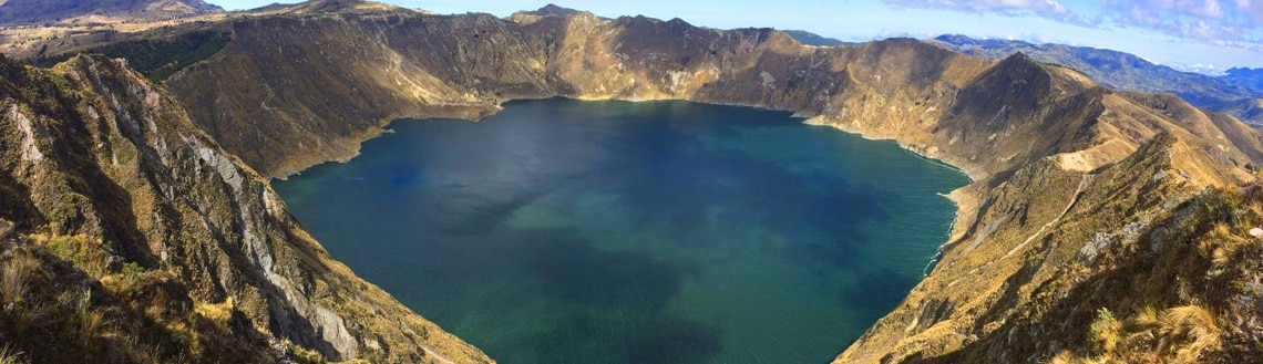 Hike Quilotoa Lagoon and Cotopaxi National Park