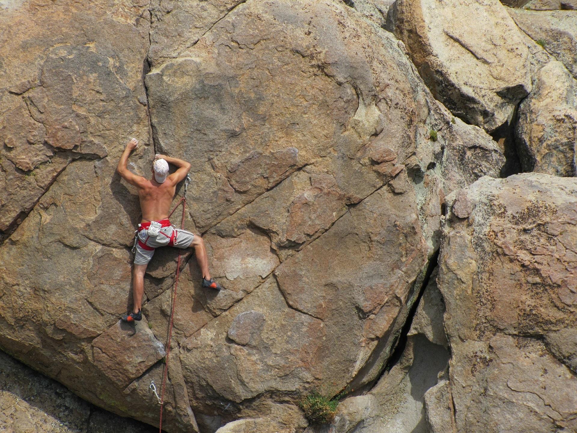 Rock climbing initiation course in Cerdanya