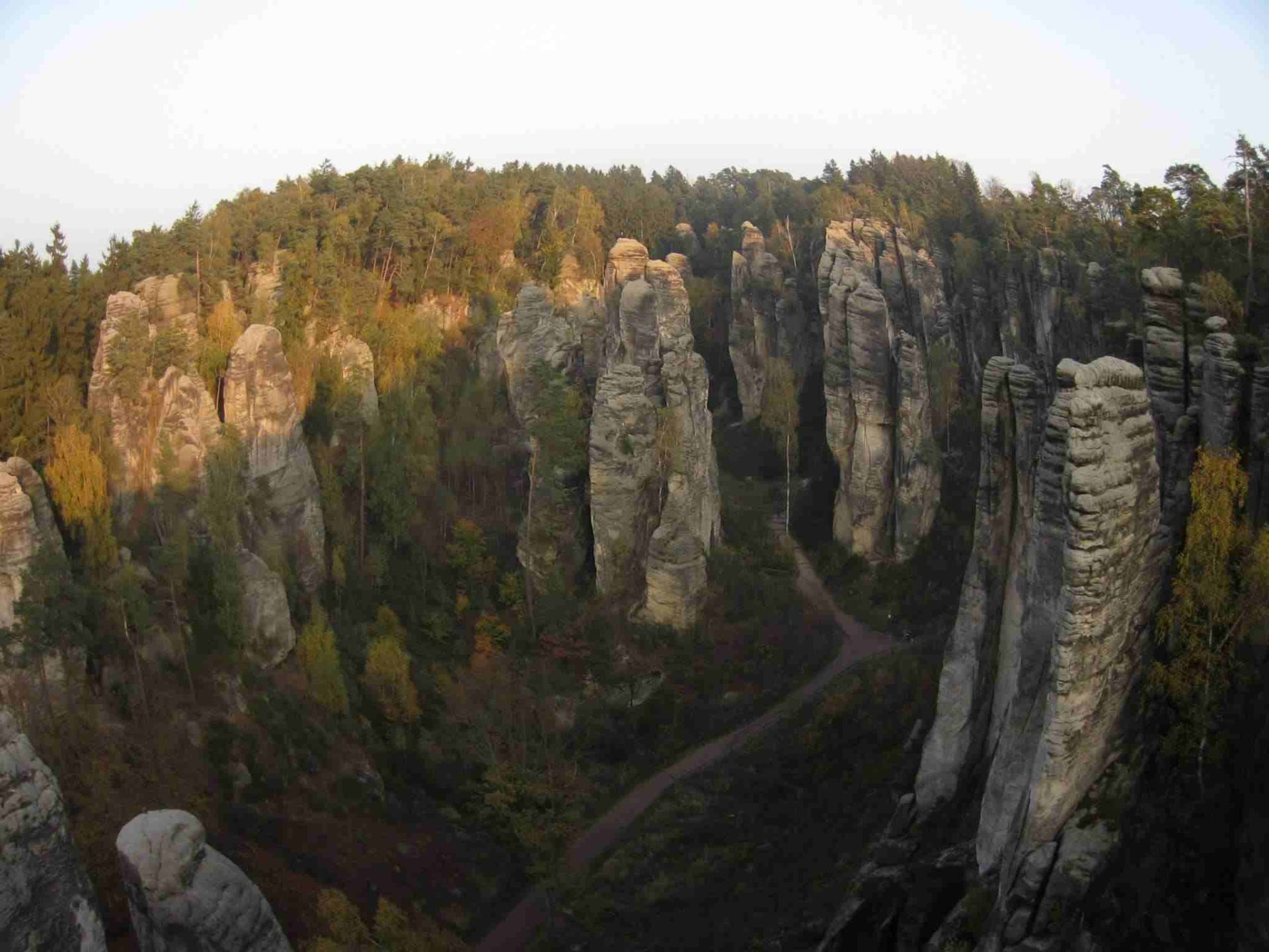Sandstone climbing day trips in the Czech Republic