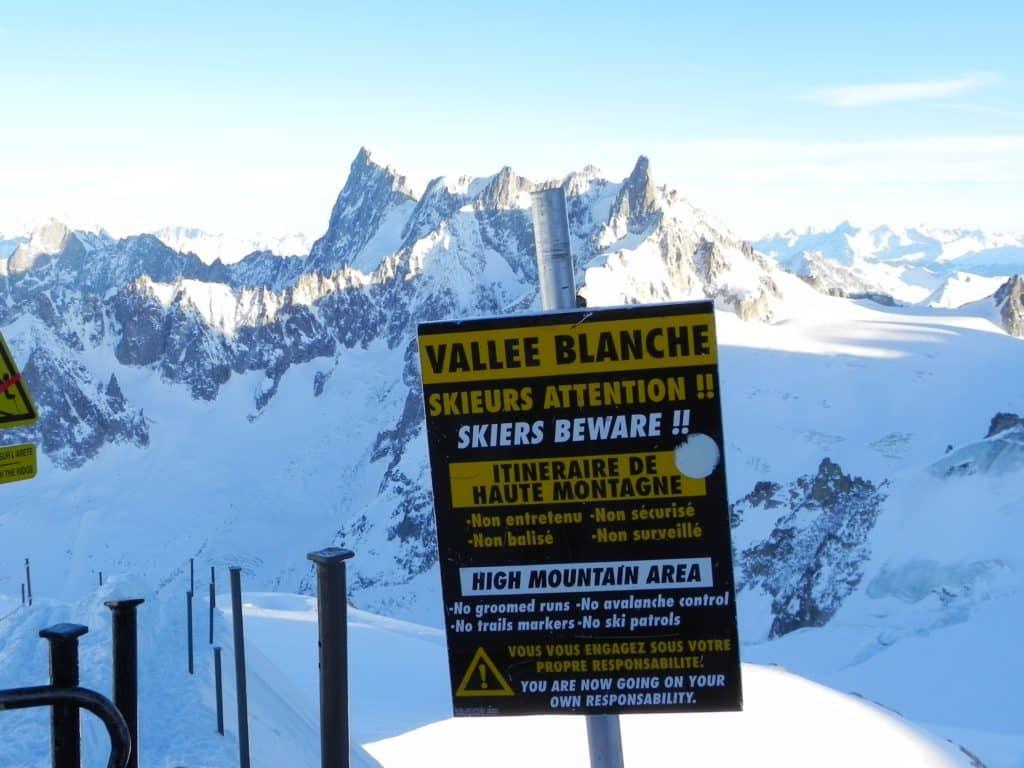Предупреждение горнолыжникам в Шамони