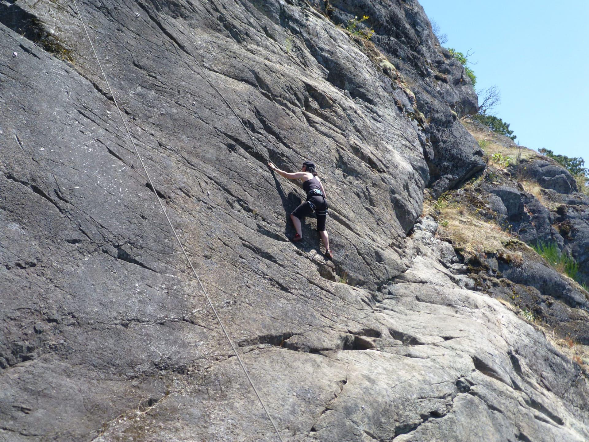Rock climbing on the Pilastro Lomasti, Aosta Valley