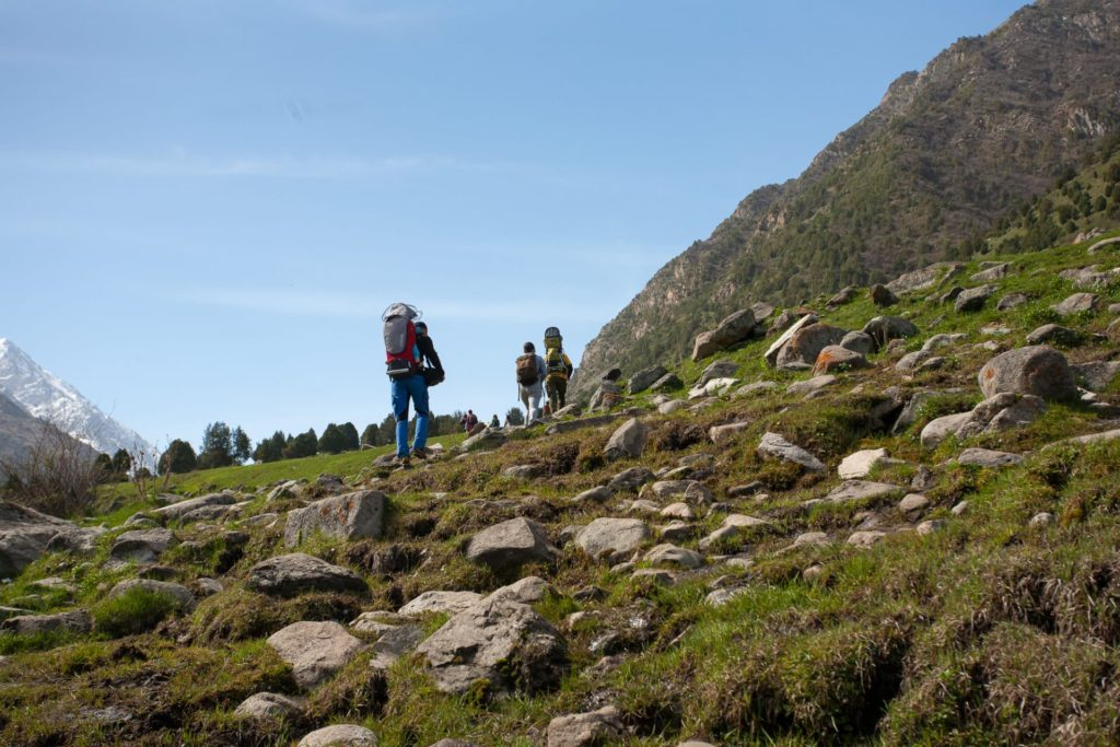 Differences between hiking and mountaineering