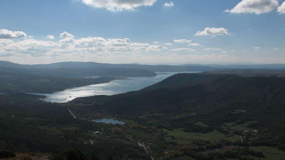 Sainte Croix Lake guided hiking tour