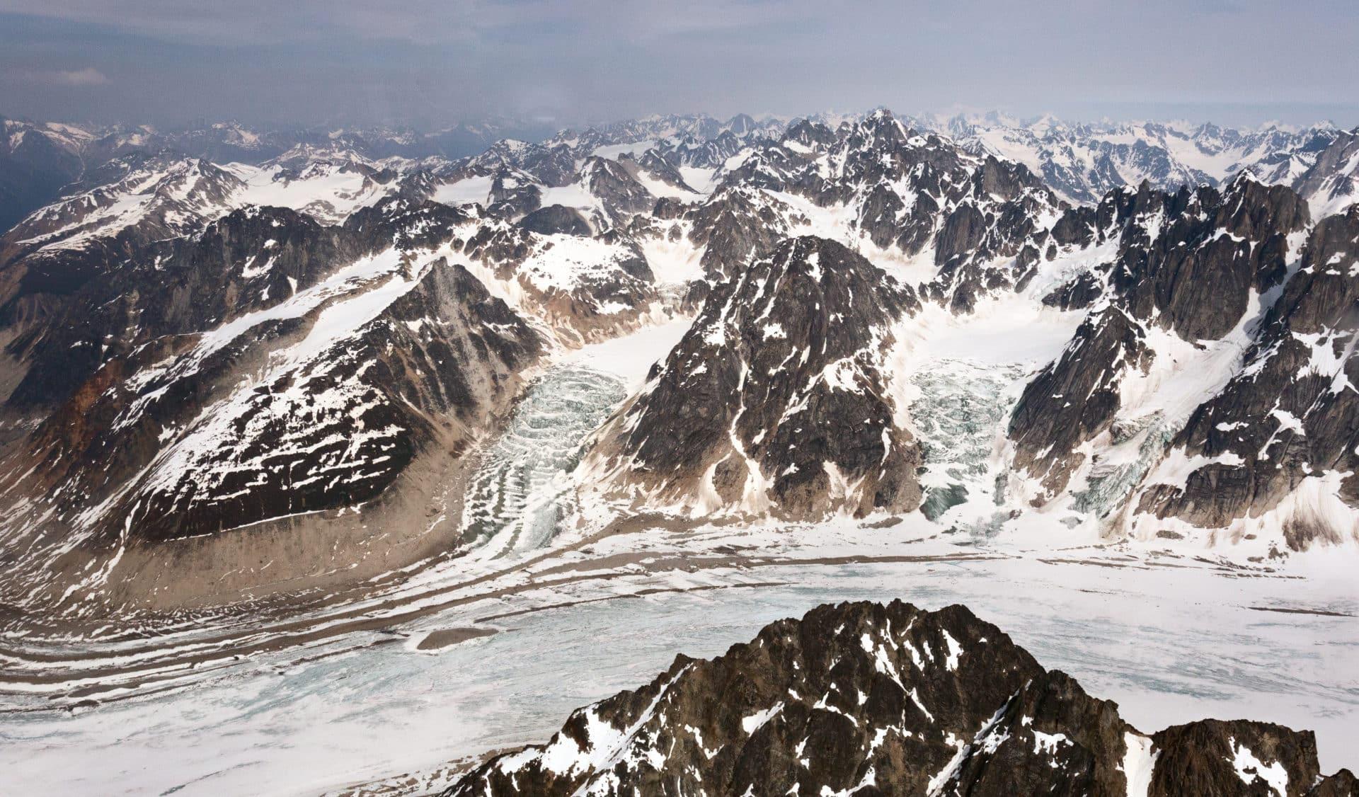 Neacola mountains, Alaska, 12 Day Guided Ski Tour