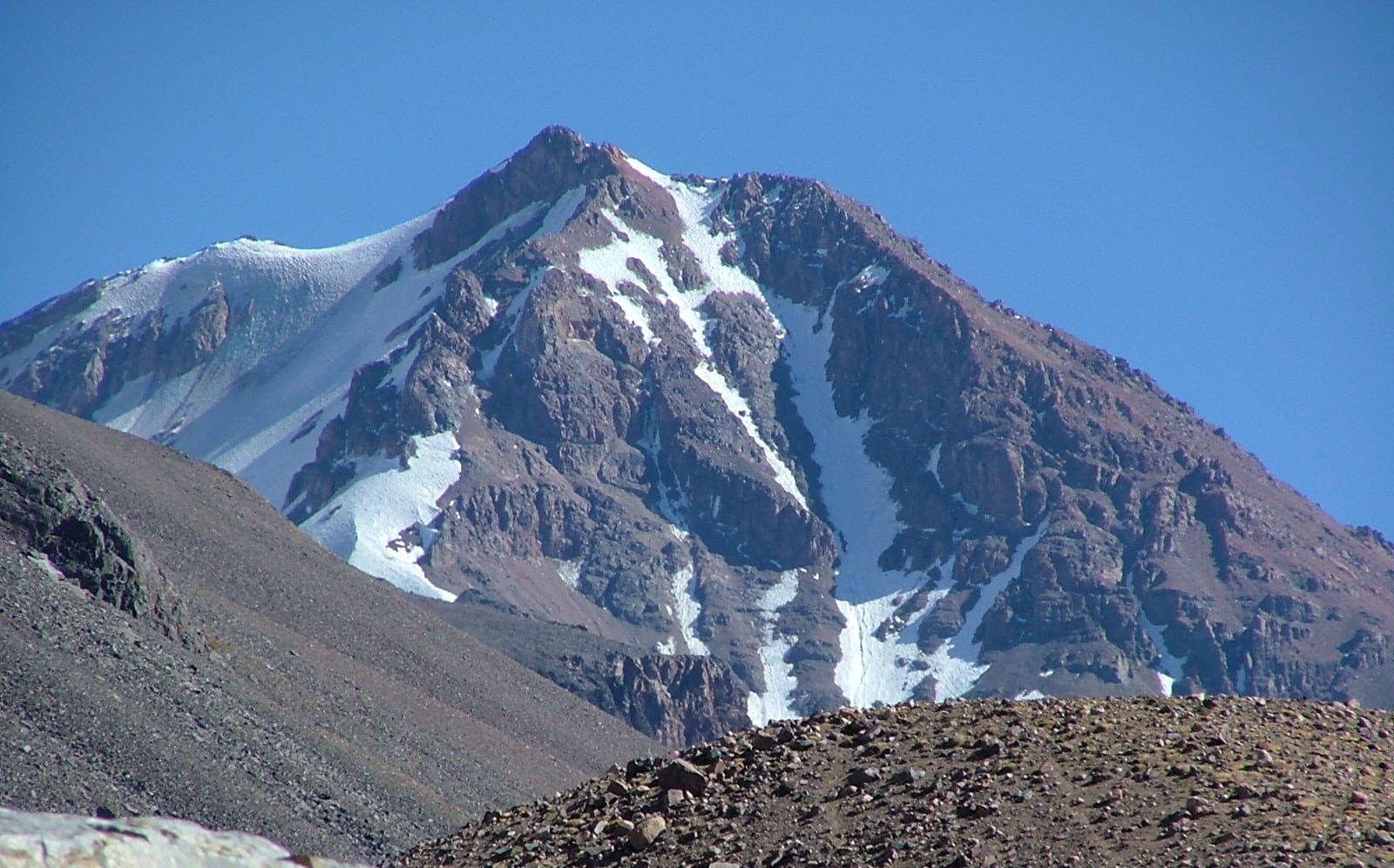 9-day Ansilta Peak Hike in the Andes