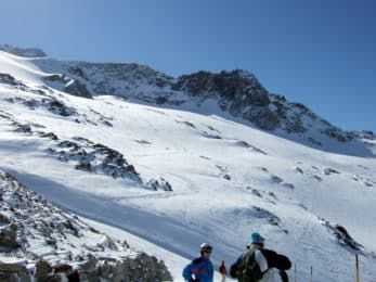 Valle Blanche skiing