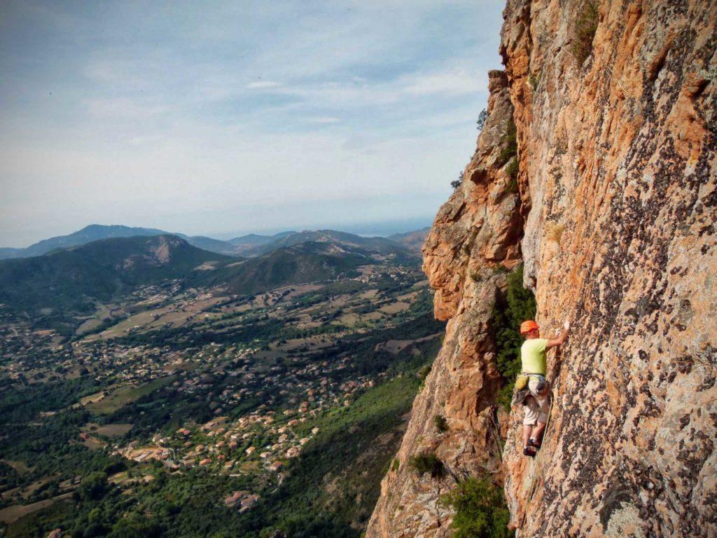 Types of climbing: sport climbing