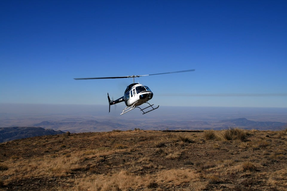 Selkirk Mountains guided treks with heli-drop
