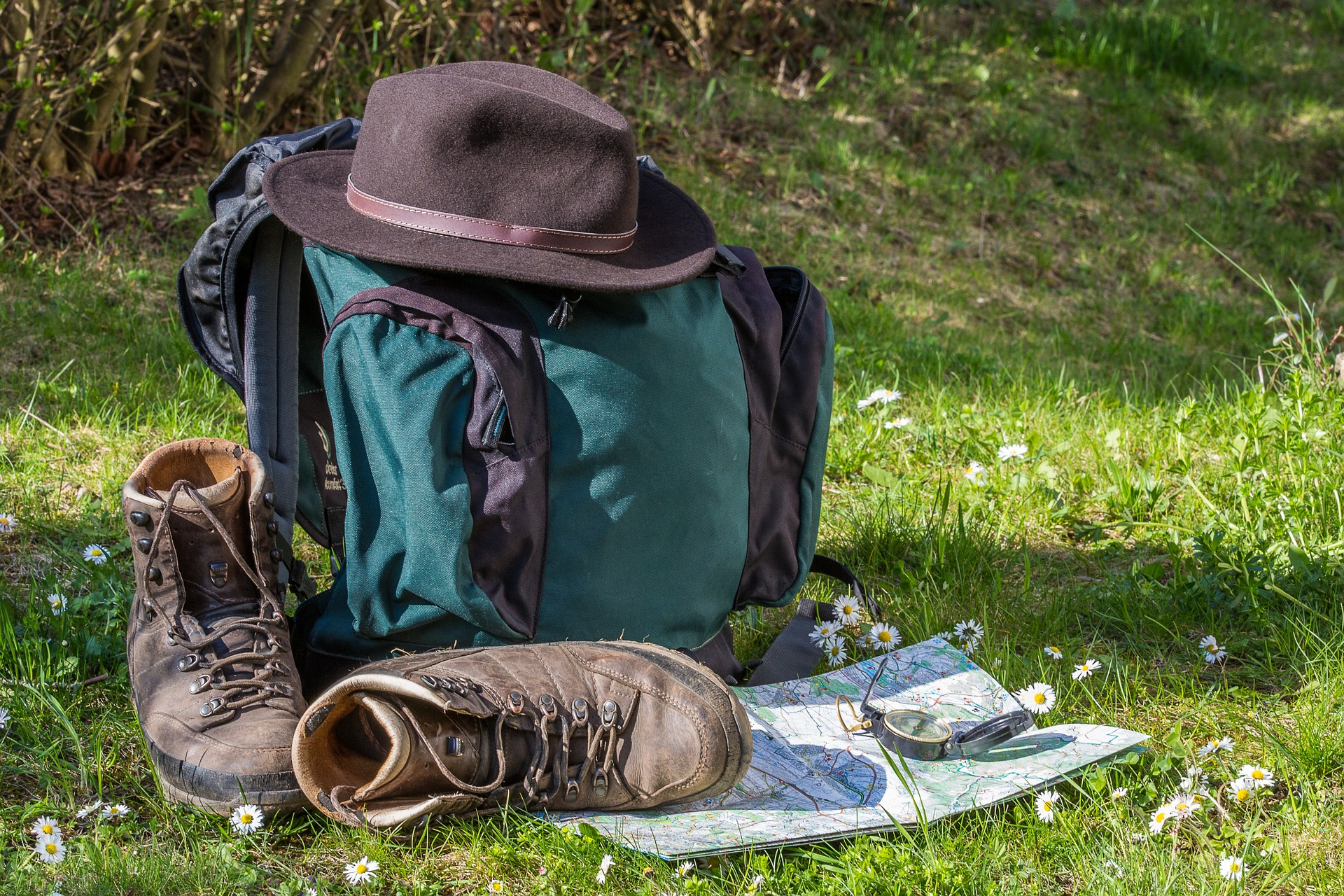 Overnight backpacking hikes for all levels near Nelson