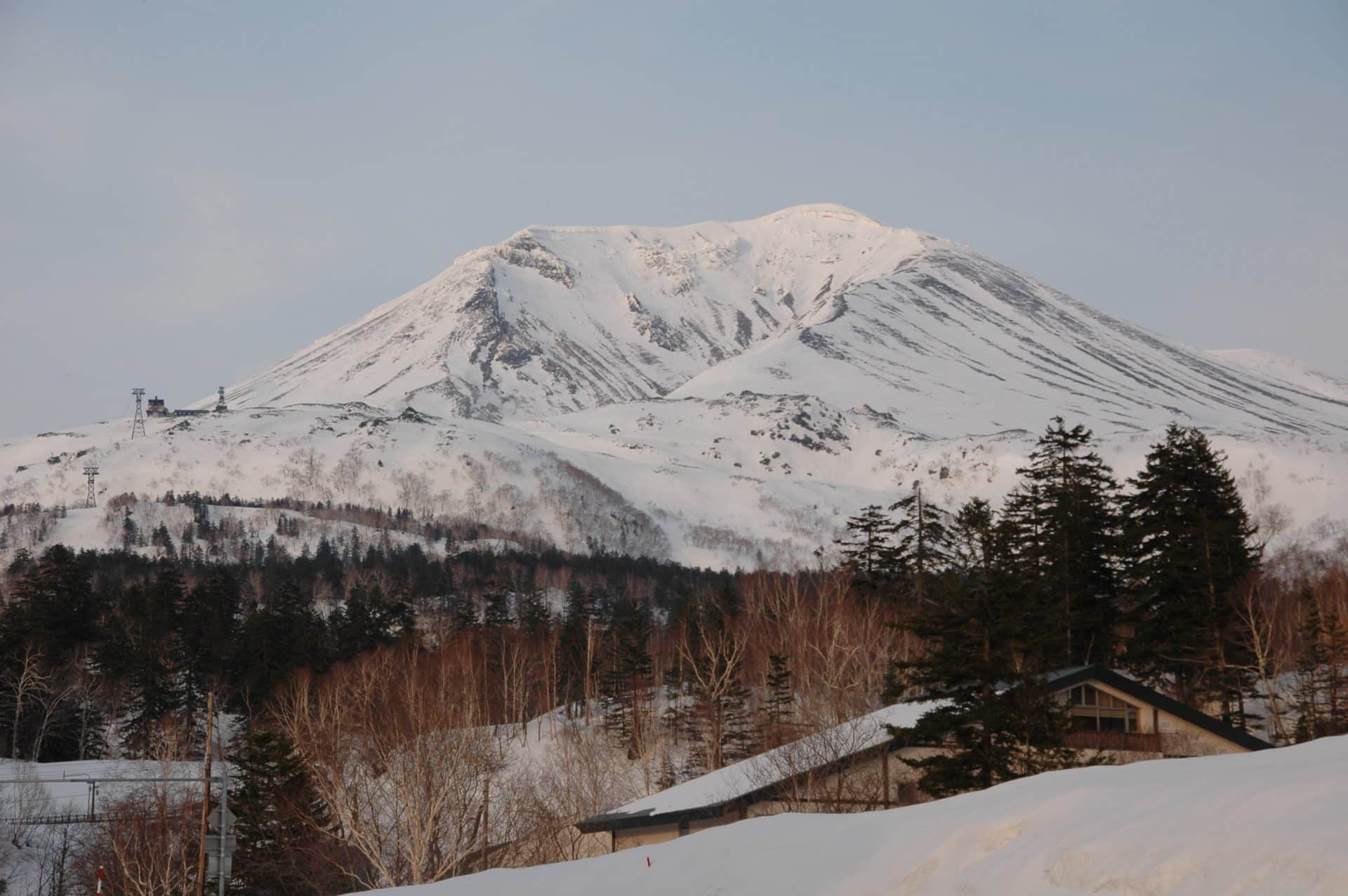Hokkaido 9-day guided powder snowboarding