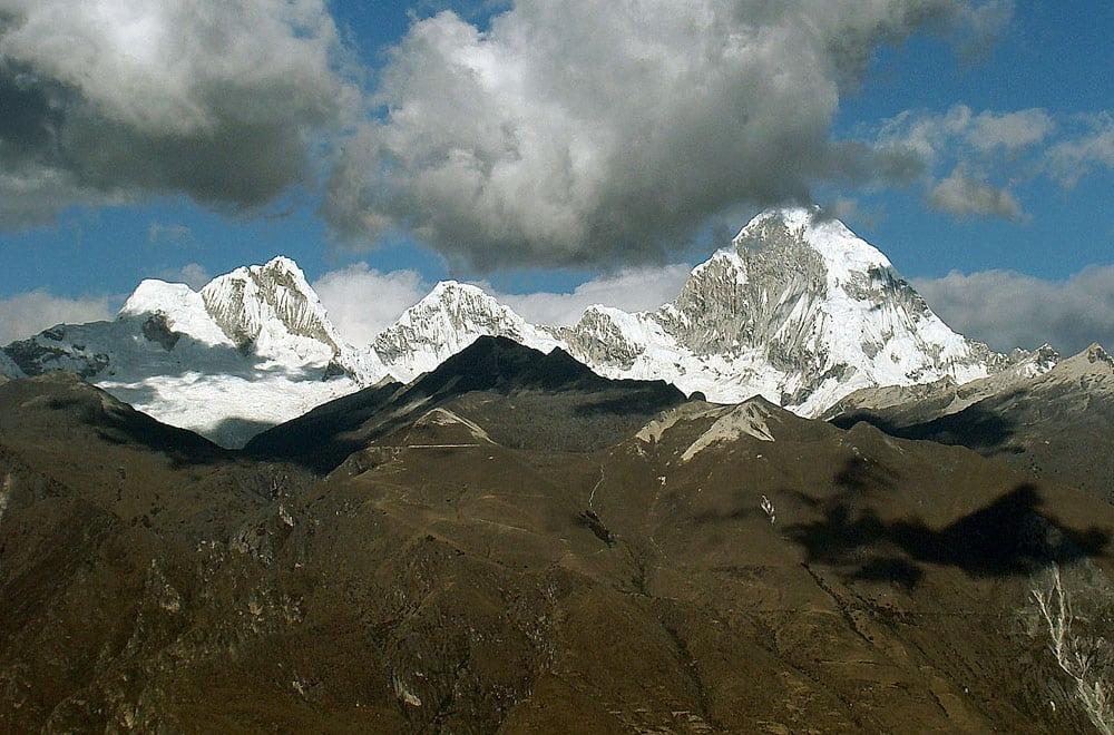 3-peak expedition in the Cordillera Blanca, Peru