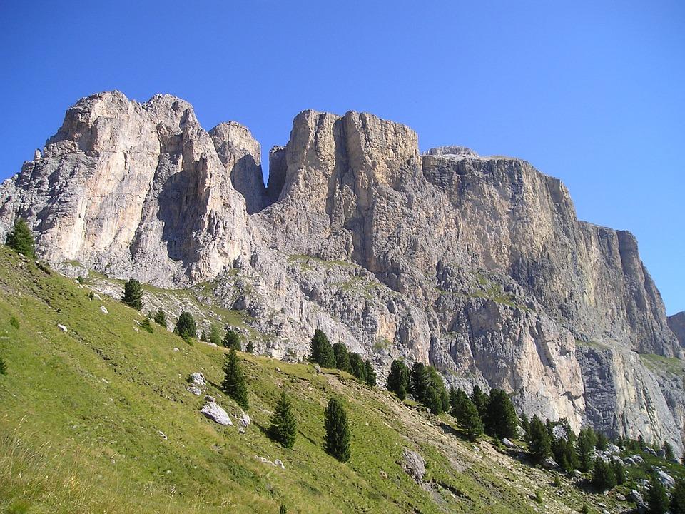 Via ferrata 2-day options in the Italian Alps