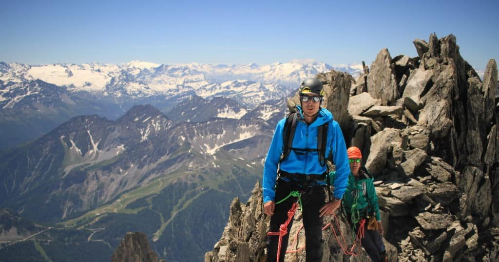 d211bcf7f What is Alpine Climbing? Equipment, Best Season, Top Spots - Explore ...