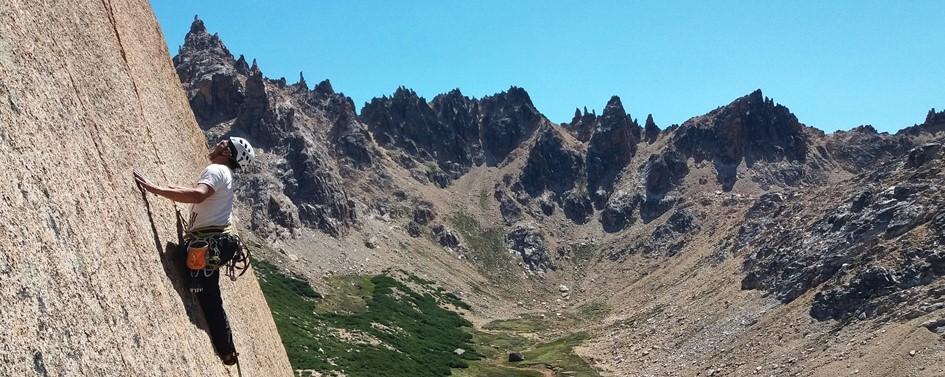 Rock climbing in Frey, Bariloche (3 days)