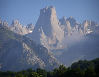 Spain Mountain Guides-