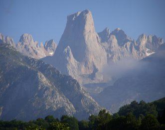 Spain Mountain Guides-